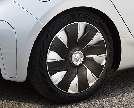 Прототип Renault Eolab потребляет литр топлива на 100 километров пробега. Фото 3