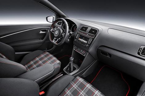 Volkswagen привезет в Париж обновленный хот-хэтч Polo GTI. Фото 3