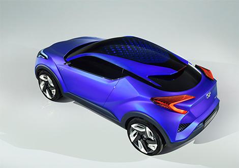 Публичный показ прототипа Toyota C-HR состоится на автосалоне в Париже