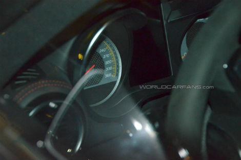 """Стартовую"" спецверсию суперкара покажут на Парижском автосалоне. Фото 1"