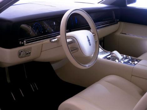 С молотка уйдет концептуальный Lincoln Continental 2002 года выпуска. Фото 3