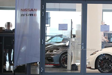 Новый хот-хэтч Nissan сфотографировали во время закрытого показа