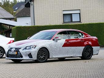 Lexus приступил к испытаниям конкурента BMW M5