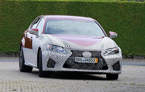 Седан Lexus GS F сфотографировали в Германии