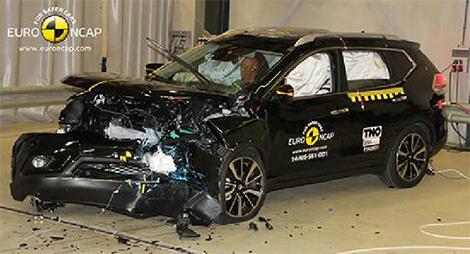 Эксперты проверили безопасность моделей Citroen, Mercedes-Benz и Nissan. Фото 5