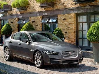 Jaguar XE получит полный привод и моторы V8
