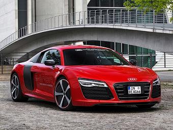 Топ-менеджер Audi подтвердил гибридный суперкар R8