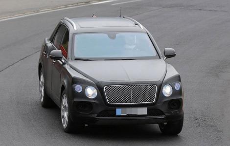 Вседорожный Bentley сфотографировали на Нюрбургринге