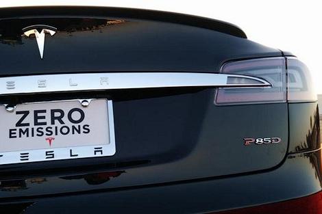 Дебютировала самая быстрая модификация седана Tesla Model S. Фото 1