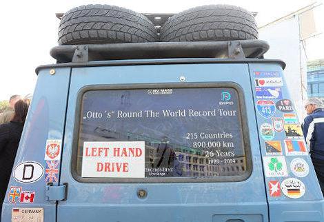 Путешественник проехал 900 тысяч километров и побывал в 215 странах. Фото 2