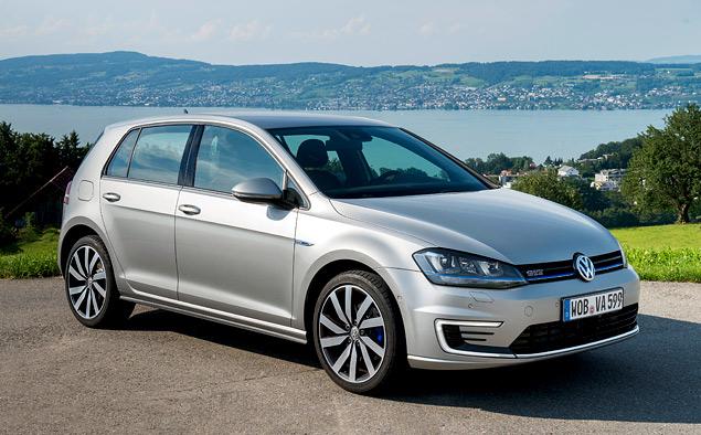 """Тест Volkswagen Golf GTE — первого """"горячего"""" хэтчбека на бензоэлектротяге"""