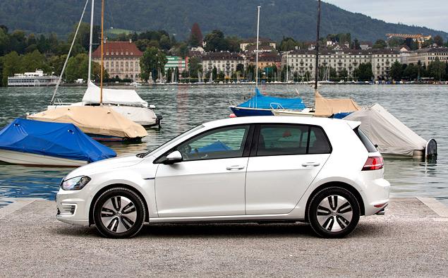 """Тест Volkswagen Golf GTE — первого """"горячего"""" хэтчбека на бензоэлектротяге. Фото 2"""
