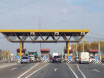 Бесплатный проезд по платным дорогам России обернется штрафом