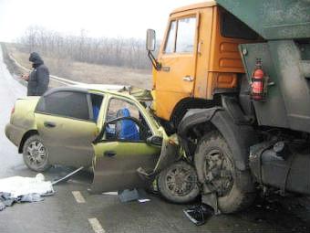 На российских дорогах увеличилось число погибших в авариях
