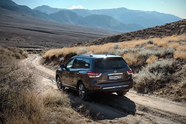 Тест Nissan Pathfinder, который изменился до неузнаваемости. Фото 3