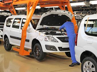 «АвтоВАЗ» пообещал обойтись без увольнений в 2015 году