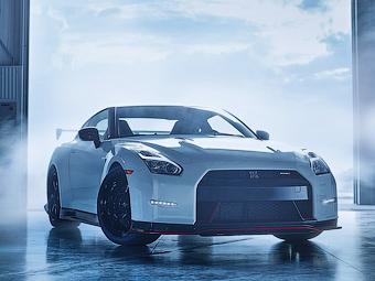 Nissan подтвердил гибридный GT-R