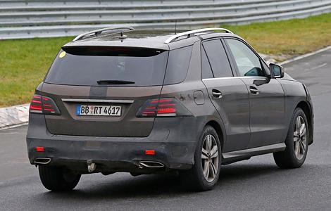 Mercedes-Benz представят в январе 2015 года гибридный вариант M-Class. Фото 1