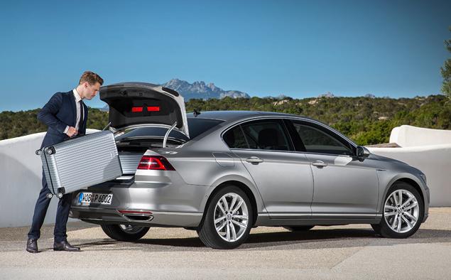 Тест-драйв нового Volkswagen Passat, который подобрался к идеалу на расстояние атаки. Фото 12