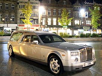 В Великобритании появился первый в мире катафалк Rolls-Royce Phantom