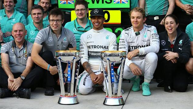 Льюис Хэмилтон выиграл пятую гонку Формулы-1 подряд. Фото 2