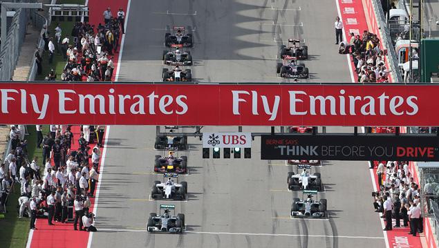 Льюис Хэмилтон выиграл пятую гонку Формулы-1 подряд. Фото 4