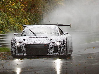 Гоночный Audi R8 нового поколения выехал на Нюрбургринг