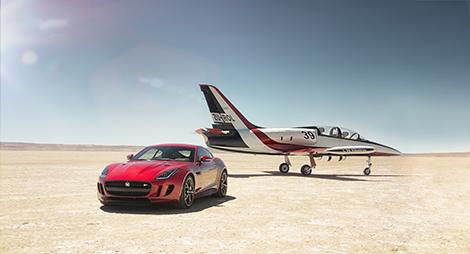 Дебют полноприводной версии Jaguar F-Type состоится в Лос-Анджелесе. Фото 1