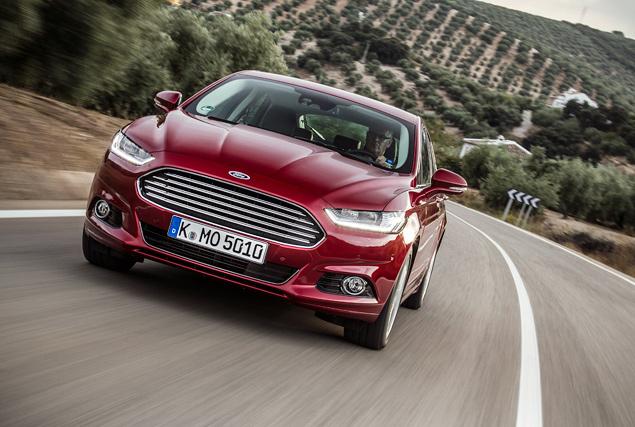 Тест нового Ford Mondeo в версиях, которых у нас не будет. Фото 4
