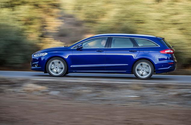 Тест нового Ford Mondeo в версиях, которых у нас не будет. Фото 7