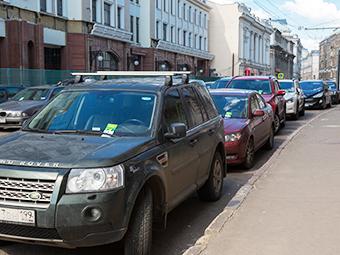 Жителей центра Москвы предложили избавить от оплаты парковки
