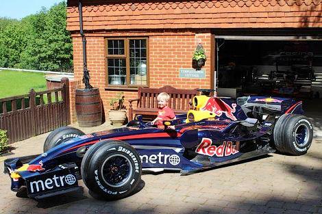 Машина RB3 участвовала в сезоне Формулы-1 2007 года. Фото 2