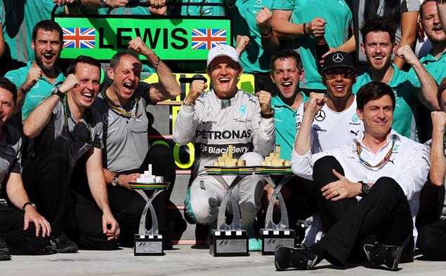 Росберг перед финальной гонкой Формулы-1 сократил отставание от Хэмилтона. Фото 2