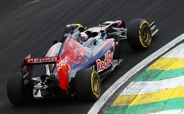 Росберг перед финальной гонкой Формулы-1 сократил отставание от Хэмилтона. Фото 5