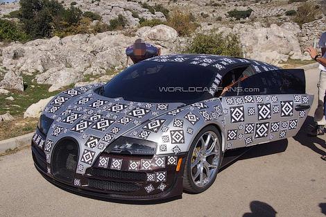 Появились снимки тестового прототипа замены гиперкару Veyron. Фото 1