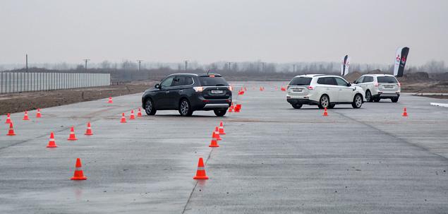 "Тест Mitsubishi Outlander Sport с ""умной"" системой полного привода. Фото 5"