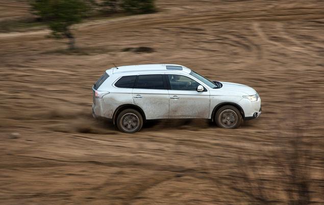 "Тест Mitsubishi Outlander Sport с ""умной"" системой полного привода. Фото 7"