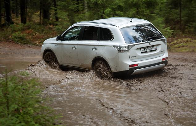 "Тест Mitsubishi Outlander Sport с ""умной"" системой полного привода. Фото 9"