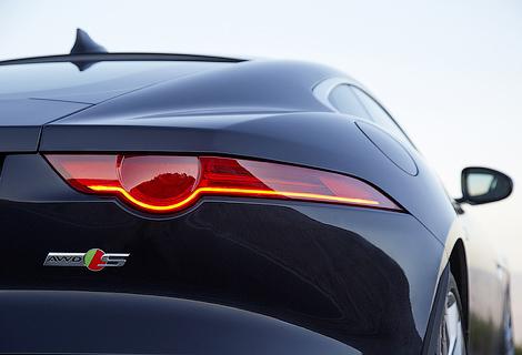 Компания Jaguar рассказала о доработках спорткара F-Type. Фото 3