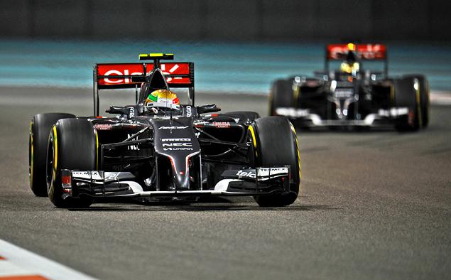 Льюис Хэмилтон выиграл в Абу-Даби и стал новым чемпионом Формулы-1. Фото 3