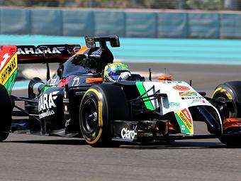 На болиде Формулы-1 впервые испытали внешний инфодисплей