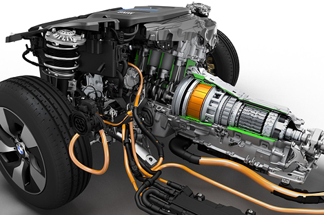 BMW представила прототип 3-Series с возможностью зарядки от розетки
