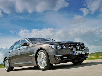 "Испанские СМИ разузнали о моторах следующей ""семерки"" BMW"