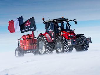 Голландка доехала до Южного полюса на тракторе