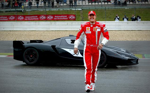 Что круче: Ferrari FXX K или сезон в настоящих гонках?. Фото 9