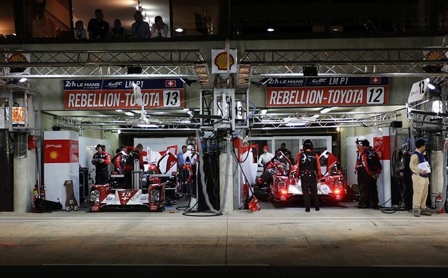 Что круче: Ferrari FXX K или сезон в настоящих гонках?. Фото 12