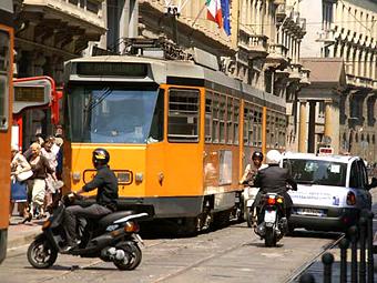 Жителям Милана заплатят за отказ от езды на машинах