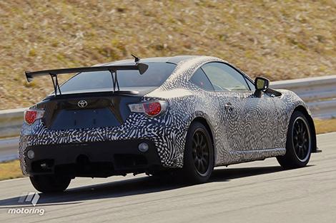 """Выступавшее в """"24 часах Нюрбургринга"""" купе GT86 получит дорожную версию. Фото 3"""