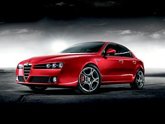 В Alfa Romeo рассказали о моторах для нового седана