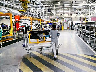 Российский завод PSA и Mitsubishi остановился раньше срока